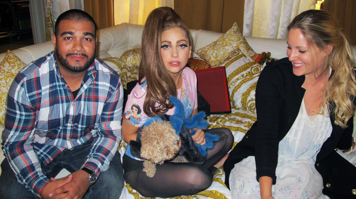 Lady_gaga_denmark_fur_for_dog