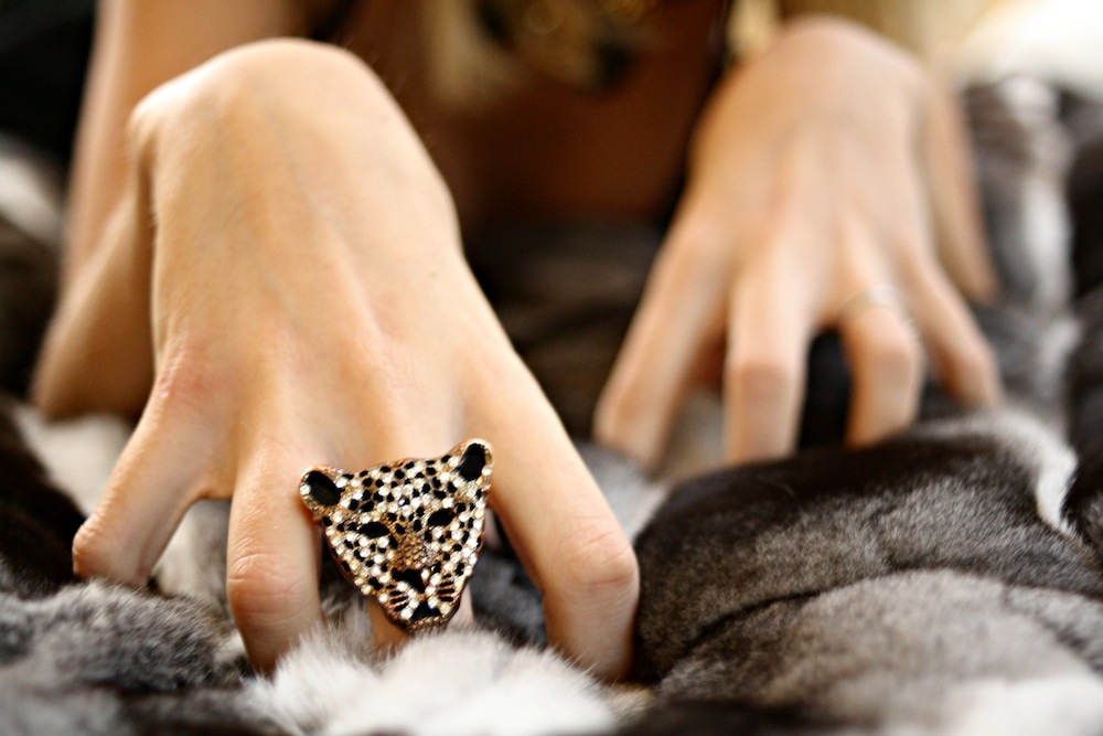 luxury_ring_fur
