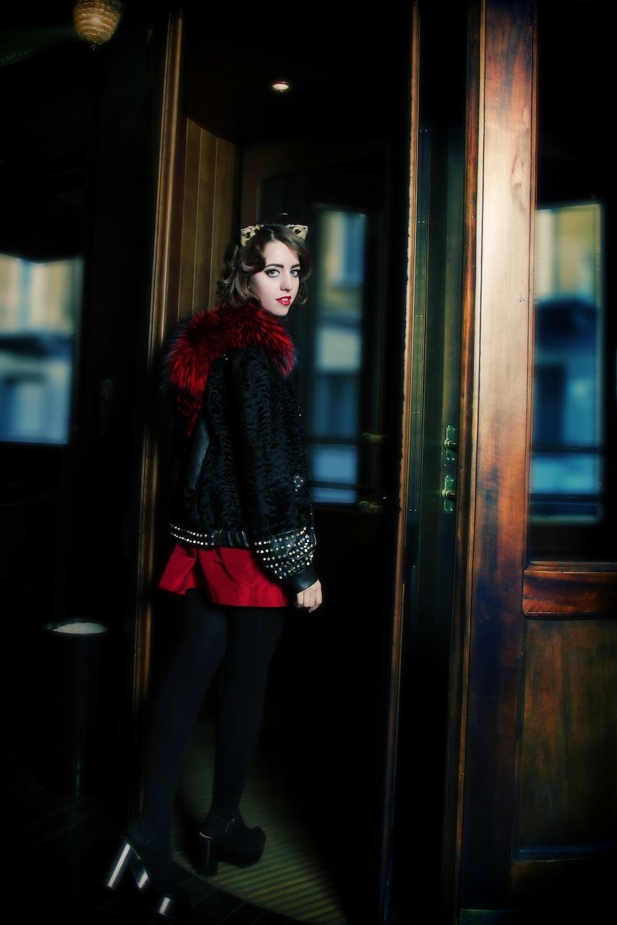 lady_fur_coat