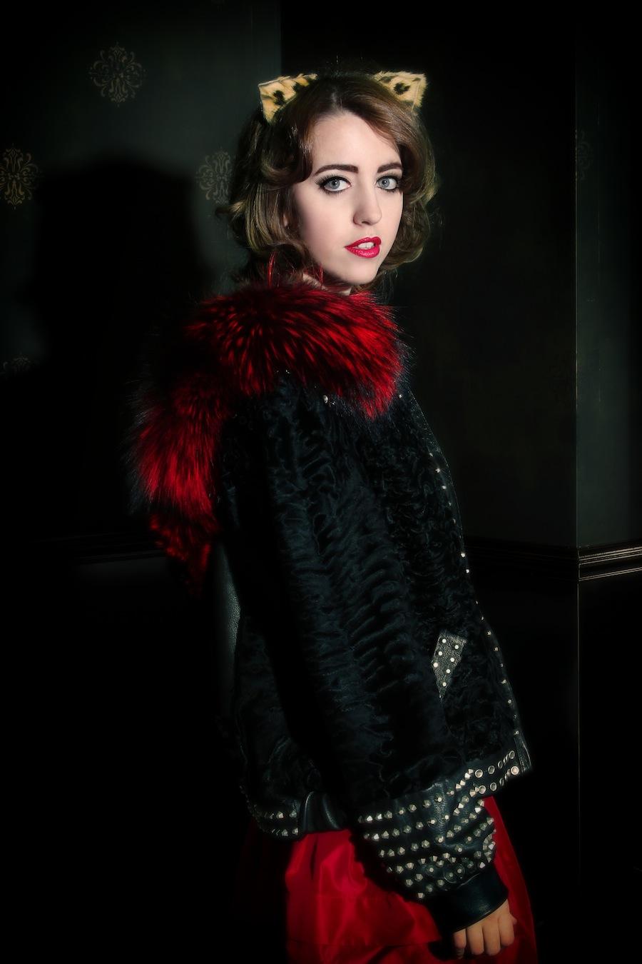 lady_fur_fox_swakara_coat