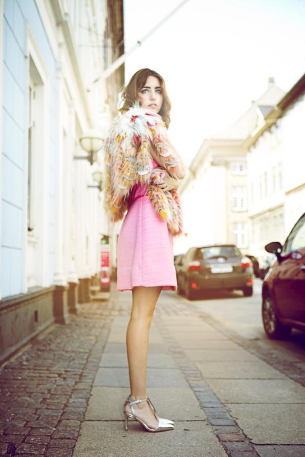 rosa_abito_e_pelliccia-lady-fur_kopenhagen_fur