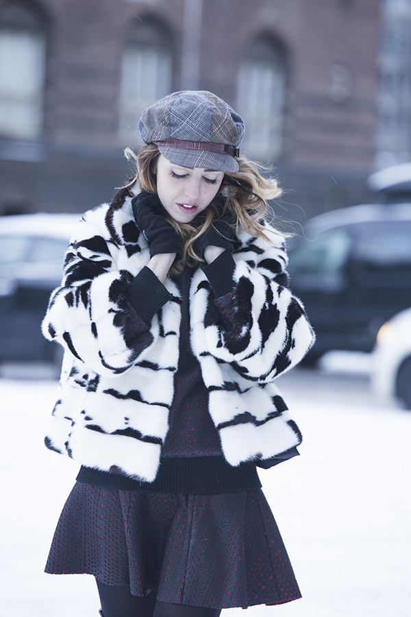 samantha_dereviziis_lady_fur_in-pelliccia_di_visone