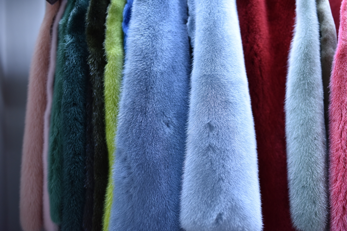 color mink skins furs