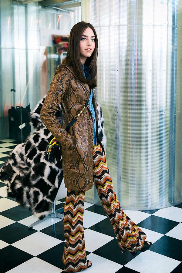 lady fur giacca pitone coperta pelliccia
