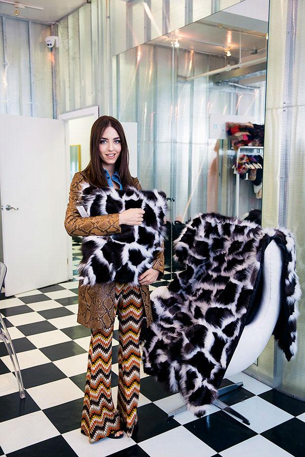 lady fur coperta cuscino pelliccia giacca pitone
