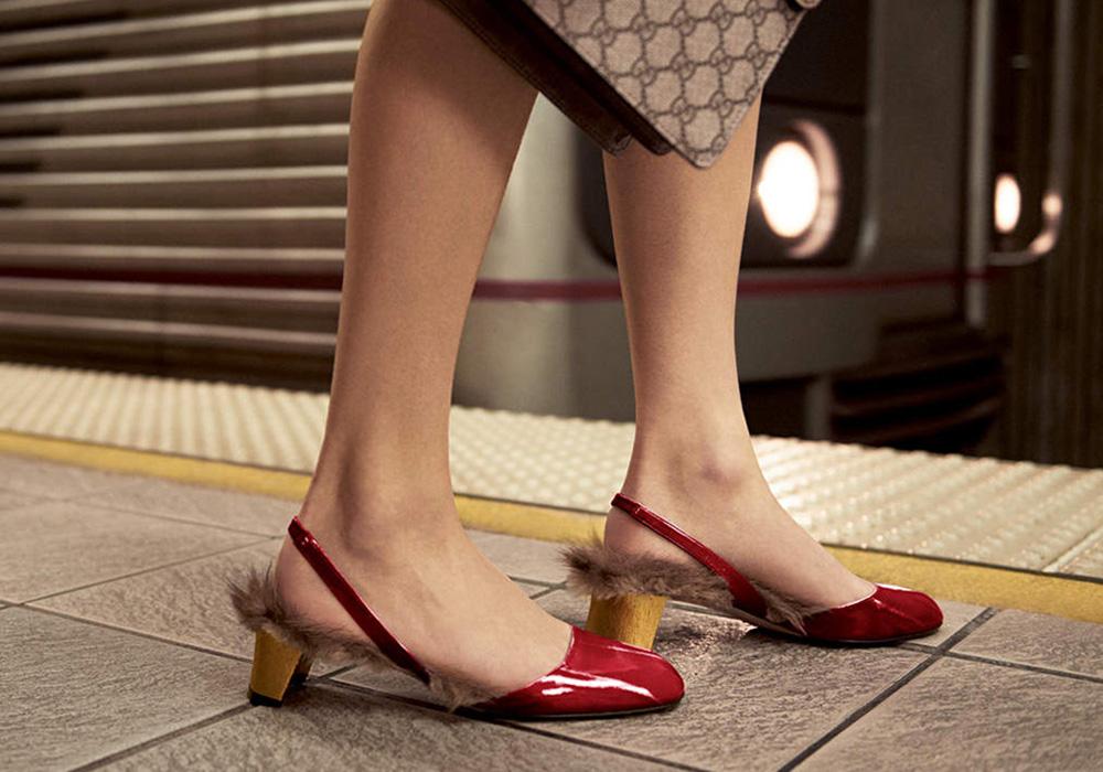 Scarpe in pelliccia, il trend invernale fra comfort e lusso