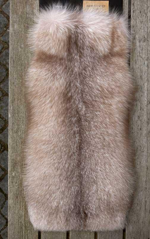saga-furs-gilet-pelliccia-volpe-13