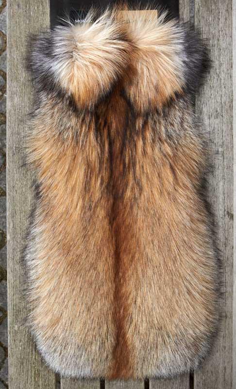 saga-furs-gilet-pelliccia-volpe-23