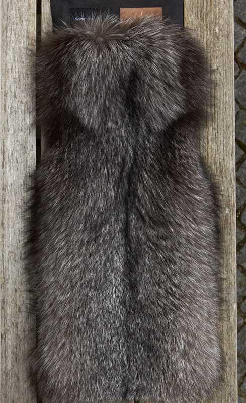 saga-furs-gilet-pelliccia-volpe-9