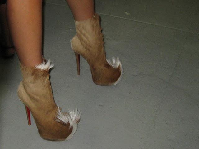 scarpe in pelliccia