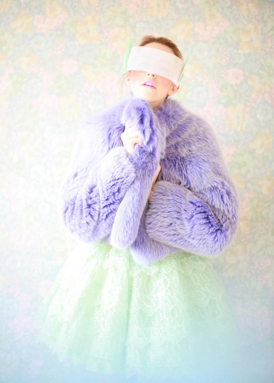 pelliccia_corta_lilla_abito_manoush_lady_fur