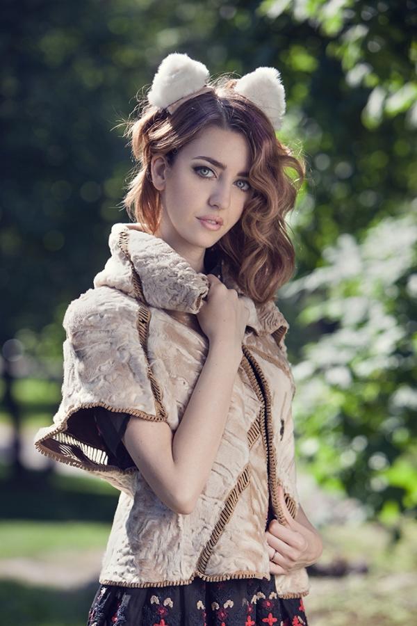 swakara_coat_lady_fur_furcoat