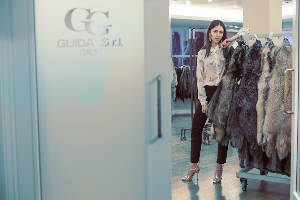 guida italy brokers lady fur