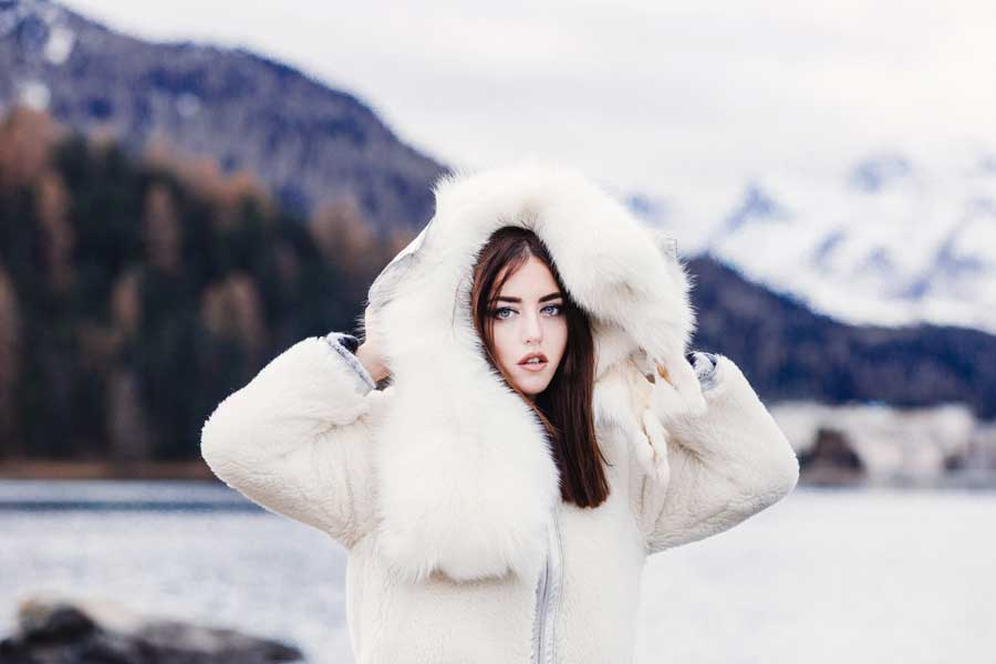 pelliccia bianca primo piano lady fur volpi