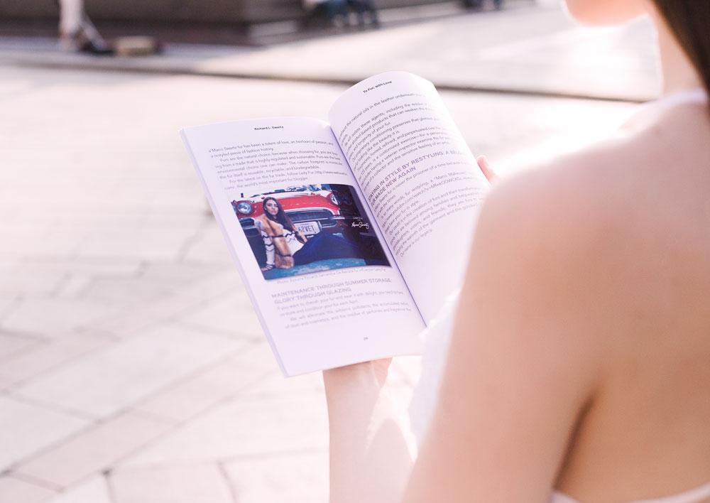 libro dedicato alla storia della pellicceria con lady fur