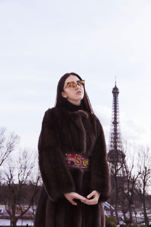 lady fur pelliccia lunga fino ai piedi giorgio mganani