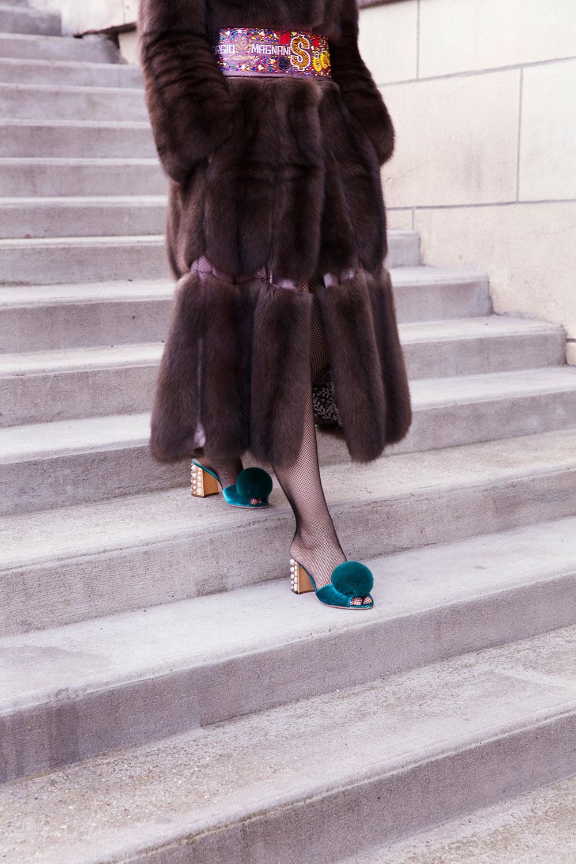 pelliccia di zibellino lunga fino ai piedi